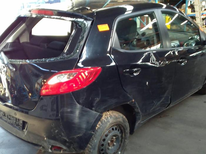 Mazda 2 (DE) 1.4 CDVi 16V (Klicken Sie auf das Bild für das nächste Foto)  (Klicken Sie auf das Bild für das nächste Foto)  (Klicken Sie auf das Bild für das nächste Foto)