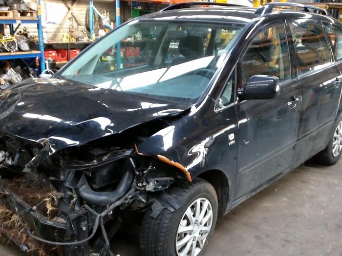 Toyota Avensis Verso (M20) 2.0 16V VVT-i D-4 (klik op de afbeelding voor de volgende foto)  (klik op de afbeelding voor de volgende foto)  (klik op de afbeelding voor de volgende foto)  (klik op de afbeelding voor de volgende foto)  (klik op de afbeelding voor de volgende foto)  (klik op de afbeelding voor de volgende foto)  (klik op de afbeelding voor de volgende foto)  (klik op de afbeelding voor de volgende foto)