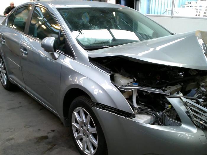 Toyota Avensis (T27) 2.0 16V D-4D-F (Klicken Sie auf das Bild für das nächste Foto)  (Klicken Sie auf das Bild für das nächste Foto)  (Klicken Sie auf das Bild für das nächste Foto)  (Klicken Sie auf das Bild für das nächste Foto)  (Klicken Sie auf das Bild für das nächste Foto)