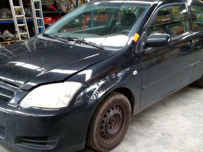 Toyota Corolla (E12) 1.4 D-4D 16V (klik op de afbeelding voor de volgende foto)  (klik op de afbeelding voor de volgende foto)  (klik op de afbeelding voor de volgende foto)  (klik op de afbeelding voor de volgende foto)  (klik op de afbeelding voor de volgende foto)  (klik op de afbeelding voor de volgende foto)  (klik op de afbeelding voor de volgende foto)  (klik op de afbeelding voor de volgende foto)
