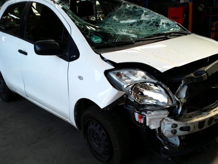 Toyota Yaris II (P9) 1.33 16V Dual VVT-I (klik op de afbeelding voor de volgende foto)  (klik op de afbeelding voor de volgende foto)  (klik op de afbeelding voor de volgende foto)  (klik op de afbeelding voor de volgende foto)  (klik op de afbeelding voor de volgende foto)