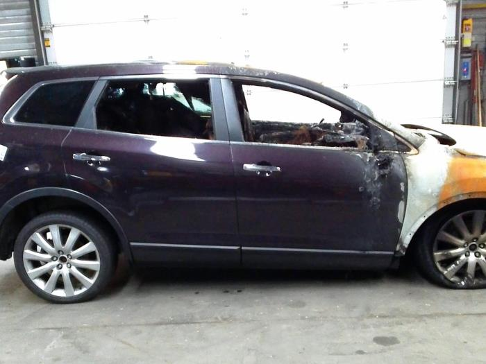 Mazda CX-9 3.7 V6 24V AWD Autom. (klik op de afbeelding voor de volgende foto)  (klik op de afbeelding voor de volgende foto)  (klik op de afbeelding voor de volgende foto)  (klik op de afbeelding voor de volgende foto)