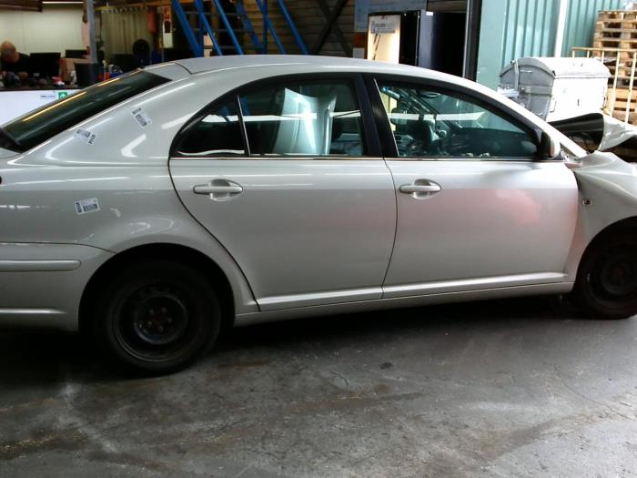 Toyota Avensis (T25/B1D) 1.8 16V VVT-i (klik op de afbeelding voor de volgende foto)  (klik op de afbeelding voor de volgende foto)  (klik op de afbeelding voor de volgende foto)  (klik op de afbeelding voor de volgende foto)