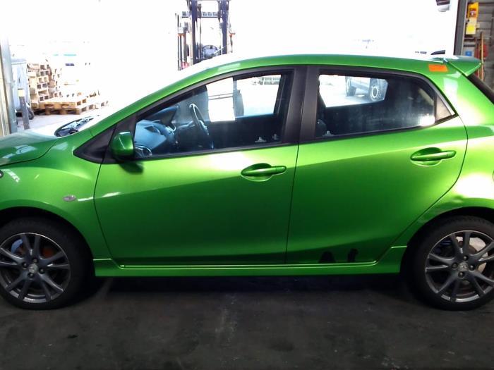 Mazda 2 (DE) 1.5 16V S-VT 2012 Motorrubber (klik op de afbeelding voor de volgende foto)