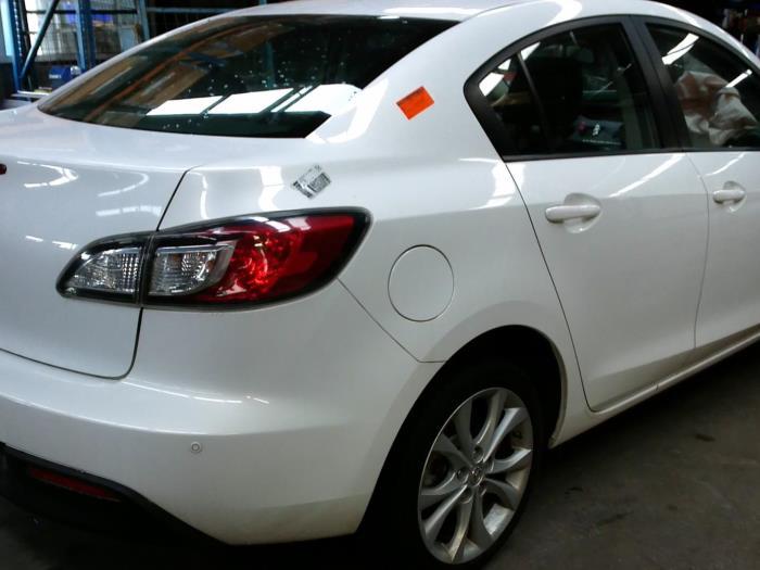 Mazda 3 (BL12/BLA2/BLB2) 2.0i MZR DISI 16V (klik op de afbeelding voor de volgende foto)  (klik op de afbeelding voor de volgende foto)  (klik op de afbeelding voor de volgende foto)
