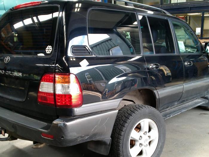 Toyota Land Cruiser 100 (J10) 4.2 TDI 100 24V (klik op de afbeelding voor de volgende foto)  (klik op de afbeelding voor de volgende foto)  (klik op de afbeelding voor de volgende foto)