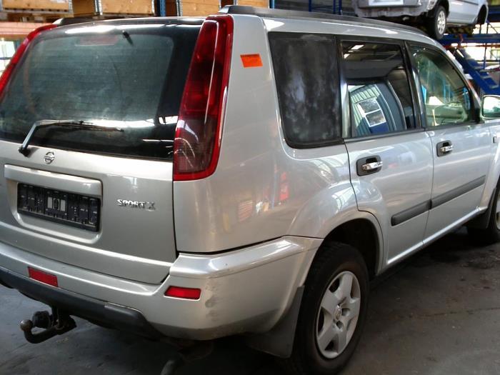 Nissan X-Trail (T30) 2.2 dCi 16V 4x4 (klik op de afbeelding voor de volgende foto)  (klik op de afbeelding voor de volgende foto)  (klik op de afbeelding voor de volgende foto)