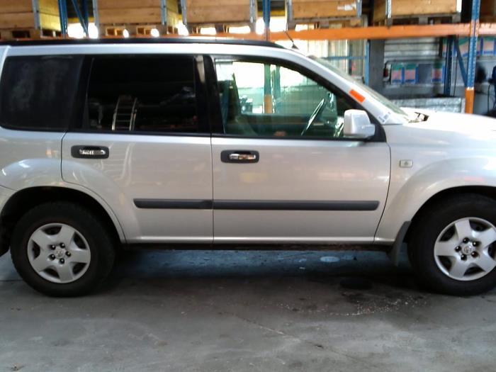Nissan X-Trail (T30) 2.2 dCi 16V 4x4 (klik op de afbeelding voor de volgende foto)  (klik op de afbeelding voor de volgende foto)  (klik op de afbeelding voor de volgende foto)  (klik op de afbeelding voor de volgende foto)