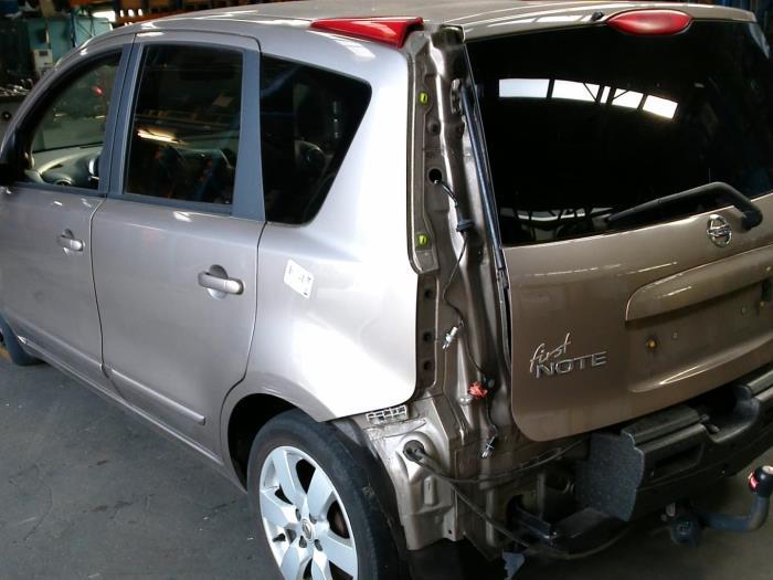 Nissan Note (E11) 1.4 16V (klik op de afbeelding voor de volgende foto)