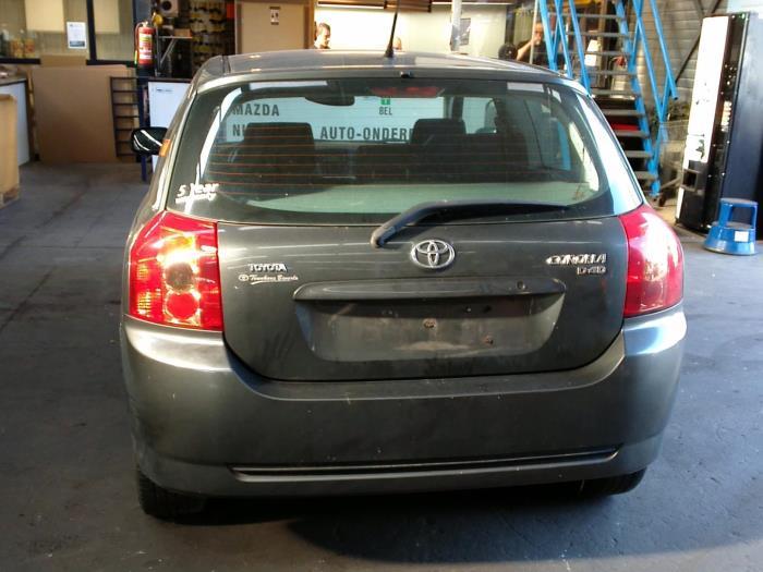 Toyota Corolla (E12) 1.4 D-4D 16V (klik op de afbeelding voor de volgende foto)  (klik op de afbeelding voor de volgende foto)
