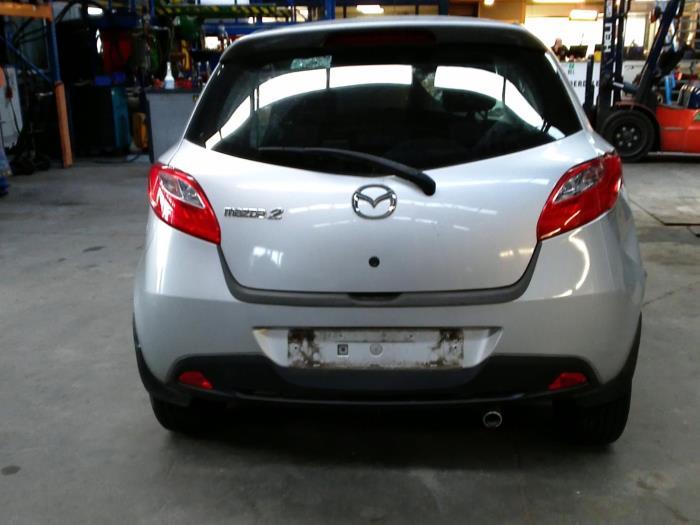 Mazda 2 (DE) 1.3 16V S-VT (klik op de afbeelding voor de volgende foto)  (klik op de afbeelding voor de volgende foto)