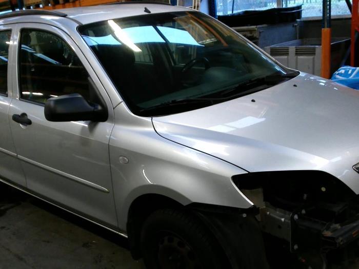 Mazda 2 (NB/NC/ND/NE) 1.25 16V (klik op de afbeelding voor de volgende foto)  (klik op de afbeelding voor de volgende foto)  (klik op de afbeelding voor de volgende foto)  (klik op de afbeelding voor de volgende foto)  (klik op de afbeelding voor de volgende foto)