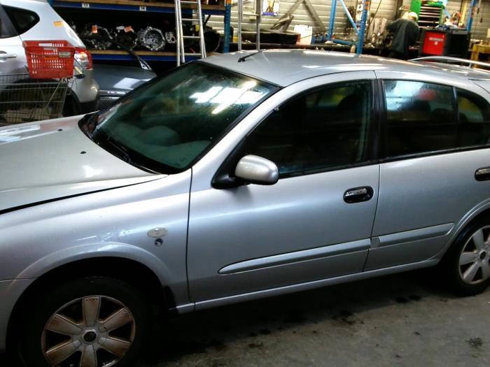 Nissan Almera (N16) 1.5 16V (klik op de afbeelding voor de volgende foto)  (klik op de afbeelding voor de volgende foto)  (klik op de afbeelding voor de volgende foto)  (klik op de afbeelding voor de volgende foto)  (klik op de afbeelding voor de volgende foto)  (klik op de afbeelding voor de volgende foto)  (klik op de afbeelding voor de volgende foto)