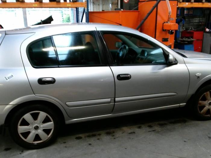 Nissan Almera (N16) 1.5 16V (klik op de afbeelding voor de volgende foto)  (klik op de afbeelding voor de volgende foto)  (klik op de afbeelding voor de volgende foto)  (klik op de afbeelding voor de volgende foto)