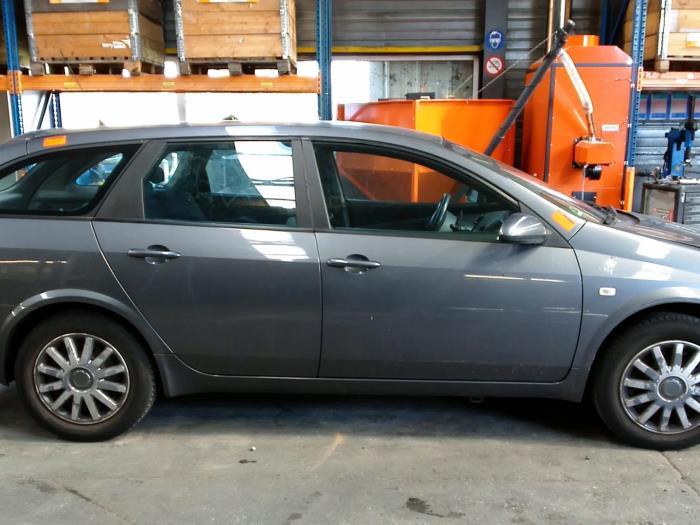 Nissan Primera Wagon (W12) 1.8 16V (klik op de afbeelding voor de volgende foto)  (klik op de afbeelding voor de volgende foto)  (klik op de afbeelding voor de volgende foto)  (klik op de afbeelding voor de volgende foto)