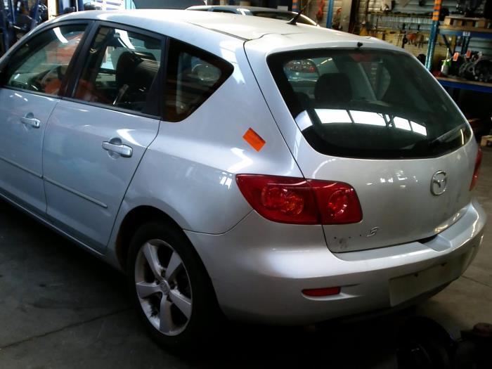 Mazda 3 Sport (BK14) 1.6 CiTD 16V (Klicken Sie auf das Bild für das nächste Foto)