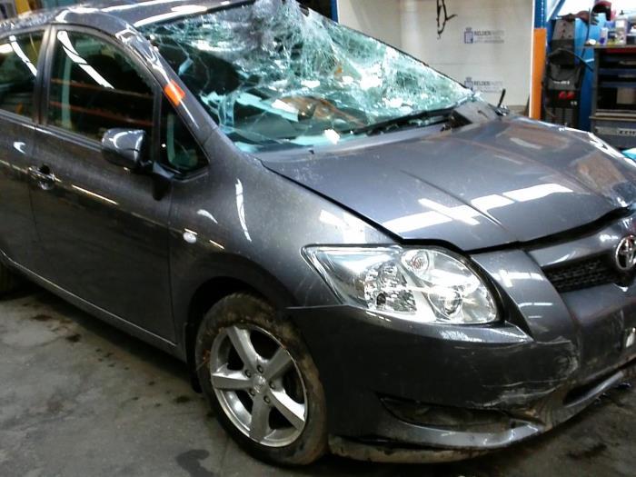 Toyota Auris (E15) 1.4 D-4D-F 16V (klik op de afbeelding voor de volgende foto)  (klik op de afbeelding voor de volgende foto)  (klik op de afbeelding voor de volgende foto)  (klik op de afbeelding voor de volgende foto)  (klik op de afbeelding voor de volgende foto)