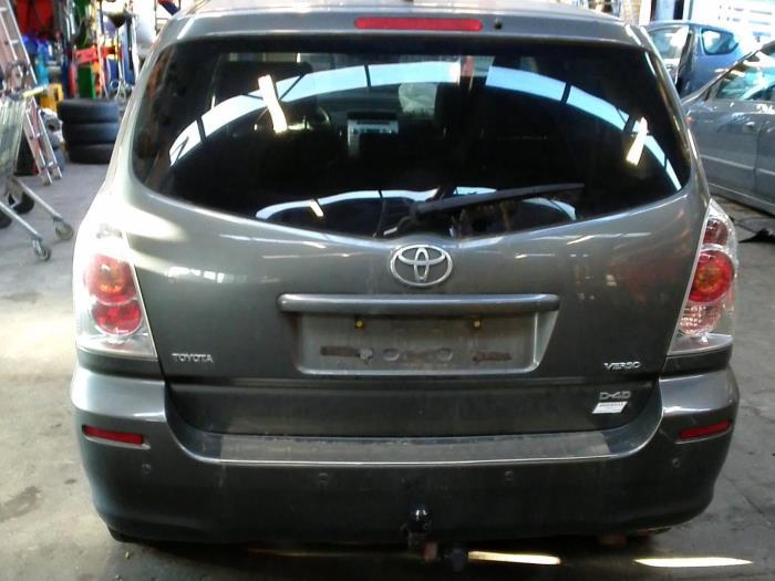Toyota Corolla Verso (R10/11) 2.2 D-4D 16V Cat Clean Power (klik op de afbeelding voor de volgende foto)  (klik op de afbeelding voor de volgende foto)