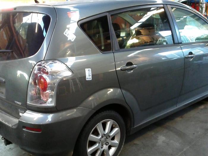 Toyota Corolla Verso (R10/11) 2.2 D-4D 16V Cat Clean Power (Klicken Sie auf das Bild für das nächste Foto)  (Klicken Sie auf das Bild für das nächste Foto)  (Klicken Sie auf das Bild für das nächste Foto)