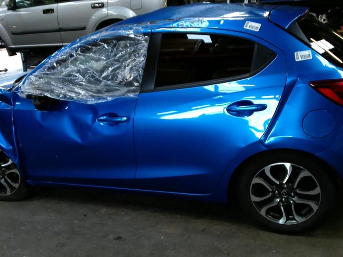 Mazda 2 (DJ/DL) 1.5 SkyActiv-G 90 (klik op de afbeelding voor de volgende foto)  (klik op de afbeelding voor de volgende foto)  (klik op de afbeelding voor de volgende foto)  (klik op de afbeelding voor de volgende foto)  (klik op de afbeelding voor de volgende foto)  (klik op de afbeelding voor de volgende foto)  (klik op de afbeelding voor de volgende foto)