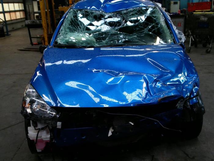 Mazda 2 (DJ/DL) 1.5 SkyActiv-G 90 (klik op de afbeelding voor de volgende foto)  (klik op de afbeelding voor de volgende foto)  (klik op de afbeelding voor de volgende foto)  (klik op de afbeelding voor de volgende foto)  (klik op de afbeelding voor de volgende foto)  (klik op de afbeelding voor de volgende foto)
