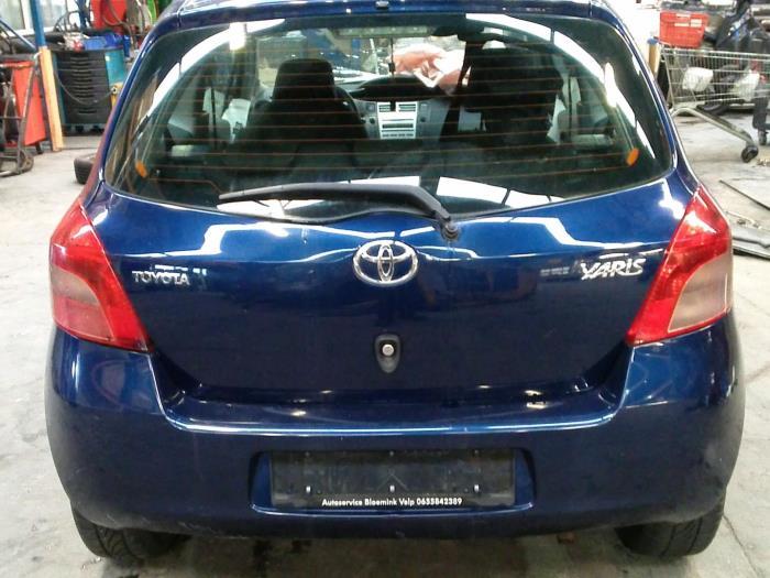 Toyota Yaris II (P9) 1.0 12V VVT-i (klik op de afbeelding voor de volgende foto)  (klik op de afbeelding voor de volgende foto)