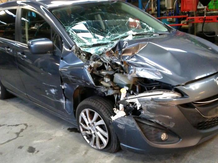 Mazda 5 (CWA9) 1.6 CITD 16V (Klicken Sie auf das Bild für das nächste Foto)  (Klicken Sie auf das Bild für das nächste Foto)  (Klicken Sie auf das Bild für das nächste Foto)  (Klicken Sie auf das Bild für das nächste Foto)  (Klicken Sie auf das Bild für das nächste Foto)