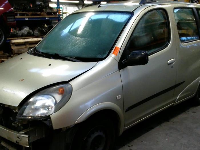 Toyota Yaris Verso (P2) 1.5 16V (klik op de afbeelding voor de volgende foto)  (klik op de afbeelding voor de volgende foto)  (klik op de afbeelding voor de volgende foto)  (klik op de afbeelding voor de volgende foto)  (klik op de afbeelding voor de volgende foto)  (klik op de afbeelding voor de volgende foto)  (klik op de afbeelding voor de volgende foto)  (klik op de afbeelding voor de volgende foto)  (klik op de afbeelding voor de volgende foto)  (klik op de afbeelding voor de volgende foto)  (klik op de afbeelding voor de volgende foto)  (klik op de afbeelding voor de volgende foto)  (klik op de afbeelding voor de volgende foto)  (klik op de afbeelding voor de volgende foto)  (klik op de afbeelding voor de volgende foto)  (klik op de afbeelding voor de volgende foto)