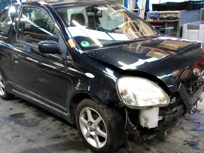 Toyota Yaris (P1) 1.5 T Sport 16V VVT-i (klik op de afbeelding voor de volgende foto)  (klik op de afbeelding voor de volgende foto)  (klik op de afbeelding voor de volgende foto)  (klik op de afbeelding voor de volgende foto)  (klik op de afbeelding voor de volgende foto)