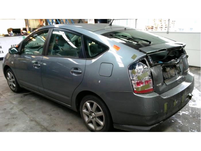 Toyota Prius (NHW20) 1.5 16V (Klicken Sie auf das Bild für das nächste Foto)