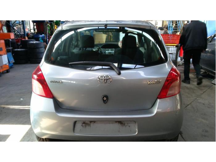 Toyota Yaris II (P9) 1.0 12V VVT-i (Klicken Sie auf das Bild für das nächste Foto)  (Klicken Sie auf das Bild für das nächste Foto)