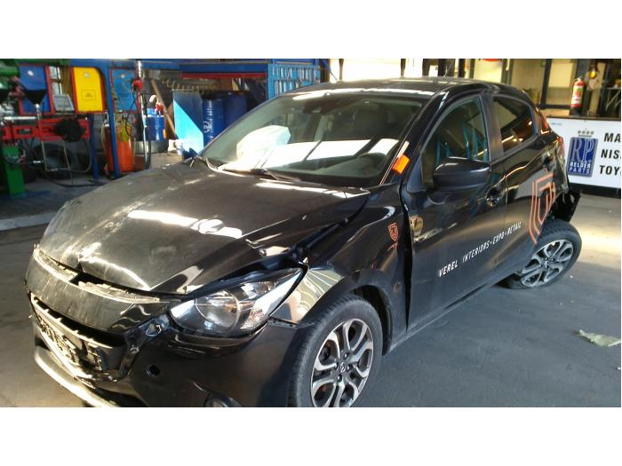 Mazda 2 (DJ/DL) 1.5 SkyActiv-G 90 (klik op de afbeelding voor de volgende foto)  (klik op de afbeelding voor de volgende foto)  (klik op de afbeelding voor de volgende foto)  (klik op de afbeelding voor de volgende foto)  (klik op de afbeelding voor de volgende foto)  (klik op de afbeelding voor de volgende foto)  (klik op de afbeelding voor de volgende foto)  (klik op de afbeelding voor de volgende foto)