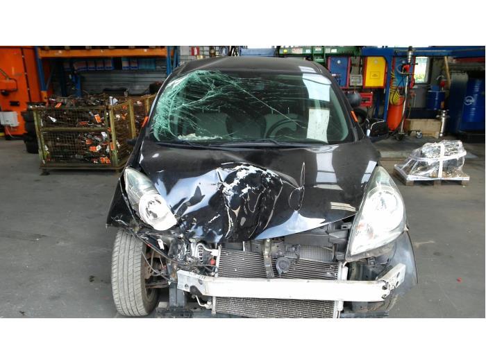 Nissan Note (E11) 1.4 16V (Klicken Sie auf das Bild für das nächste Foto)  (Klicken Sie auf das Bild für das nächste Foto)  (Klicken Sie auf das Bild für das nächste Foto)  (Klicken Sie auf das Bild für das nächste Foto)  (Klicken Sie auf das Bild für das nächste Foto)  (Klicken Sie auf das Bild für das nächste Foto)