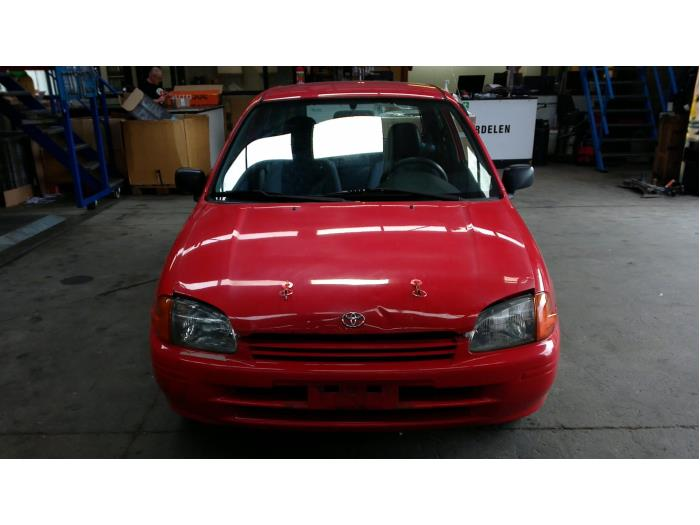 Toyota Starlet (EP9) 1.3,XLi,GLi 16V 1998 Deur 2Deurs rechts (klik op de afbeelding voor de volgende foto)