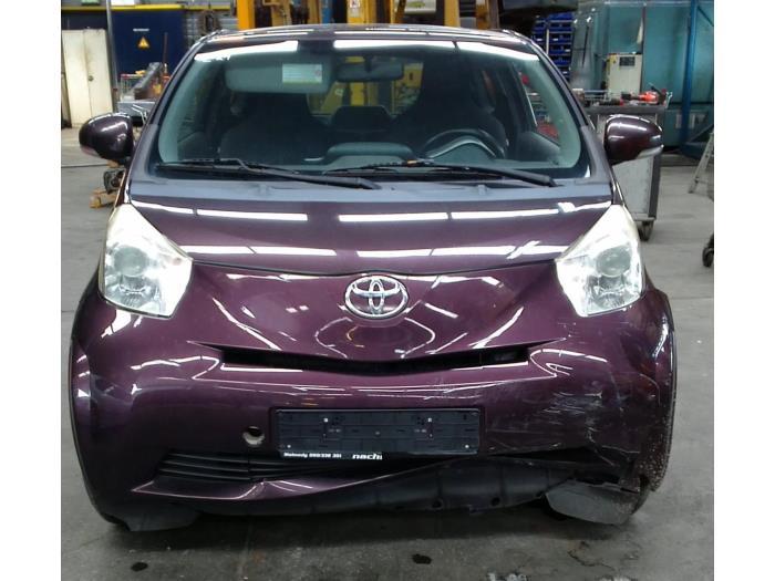Toyota iQ 1.0 12V VVT-i (Klicken Sie auf das Bild für das nächste Foto)  (Klicken Sie auf das Bild für das nächste Foto)  (Klicken Sie auf das Bild für das nächste Foto)  (Klicken Sie auf das Bild für das nächste Foto)  (Klicken Sie auf das Bild für das nächste Foto)  (Klicken Sie auf das Bild für das nächste Foto)