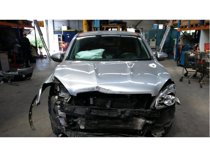 Nissan Qashqai (J10) 1.5 dCi (Klicken Sie auf das Bild für das nächste Foto)  (Klicken Sie auf das Bild für das nächste Foto)  (Klicken Sie auf das Bild für das nächste Foto)  (Klicken Sie auf das Bild für das nächste Foto)  (Klicken Sie auf das Bild für das nächste Foto)  (Klicken Sie auf das Bild für das nächste Foto)