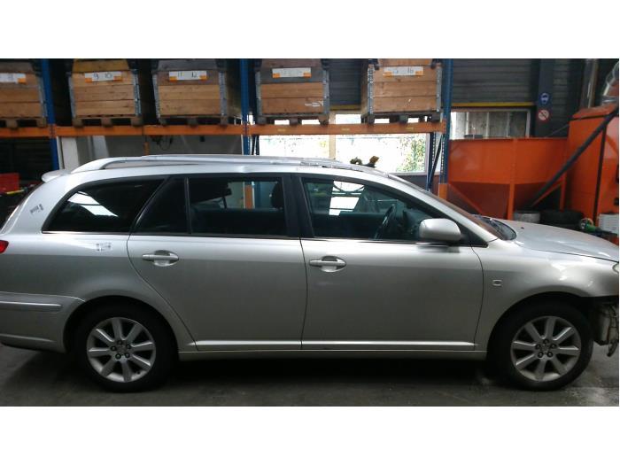 Toyota Avensis Wagon (T25/B1E) 1.8 16V VVT-i (Klicken Sie auf das Bild für das nächste Foto)  (Klicken Sie auf das Bild für das nächste Foto)  (Klicken Sie auf das Bild für das nächste Foto)  (Klicken Sie auf das Bild für das nächste Foto)