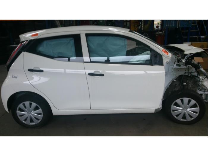 Toyota Aygo (B40) 1.0 12V VVT-i (Klicken Sie auf das Bild für das nächste Foto)  (Klicken Sie auf das Bild für das nächste Foto)  (Klicken Sie auf das Bild für das nächste Foto)  (Klicken Sie auf das Bild für das nächste Foto)