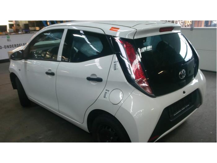 Toyota Aygo (B40) 1.0 12V VVT-i (Klicken Sie auf das Bild für das nächste Foto)