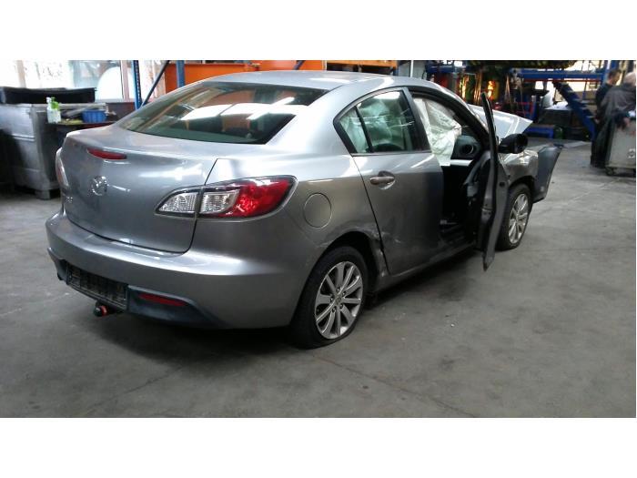 Mazda 3 (BL12/BLA2/BLB2) 1.6i MZR 16V (klik op de afbeelding voor de volgende foto)  (klik op de afbeelding voor de volgende foto)  (klik op de afbeelding voor de volgende foto)