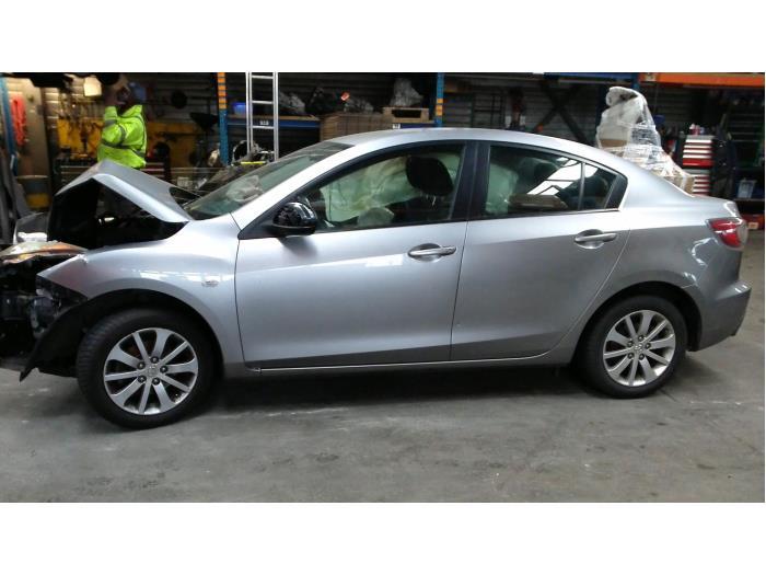 Mazda 3 (BL12/BLA2/BLB2) 1.6i MZR 16V (klik op de afbeelding voor de volgende foto)  (klik op de afbeelding voor de volgende foto)  (klik op de afbeelding voor de volgende foto)  (klik op de afbeelding voor de volgende foto)  (klik op de afbeelding voor de volgende foto)  (klik op de afbeelding voor de volgende foto)  (klik op de afbeelding voor de volgende foto)  (klik op de afbeelding voor de volgende foto)