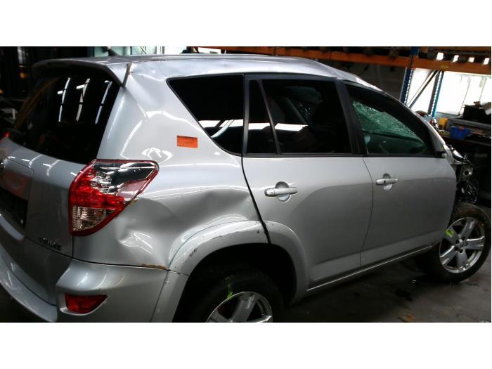 Toyota RAV4 (A3) 2.2 D-CAT 16V 4x4 (Klicken Sie auf das Bild für das nächste Foto)  (Klicken Sie auf das Bild für das nächste Foto)  (Klicken Sie auf das Bild für das nächste Foto)