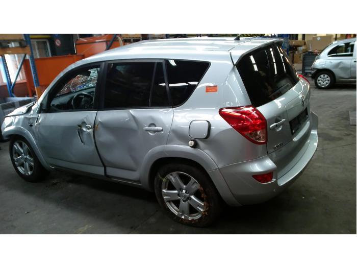 Toyota RAV4 (A3) 2.2 D-CAT 16V 4x4 (Klicken Sie auf das Bild für das nächste Foto)