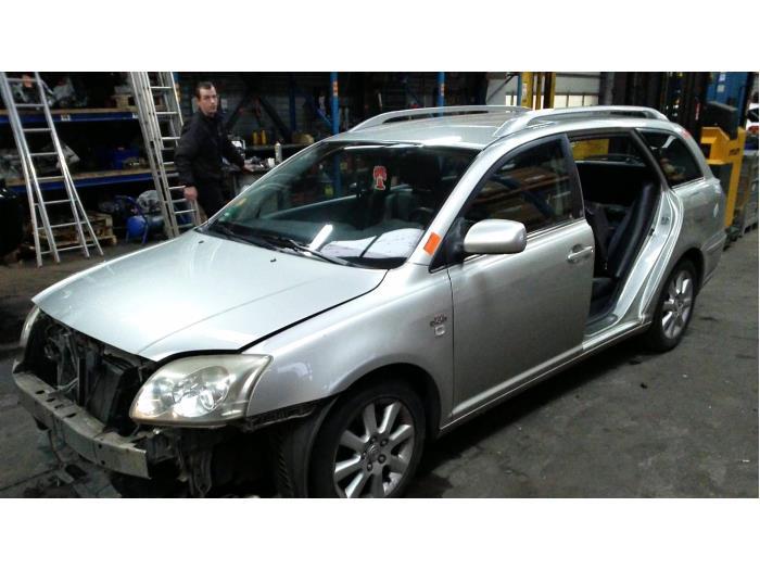 Toyota Avensis Wagon (T25/B1E) 2.2 D-4D 16V D-CAT (Klicken Sie auf das Bild für das nächste Foto)  (Klicken Sie auf das Bild für das nächste Foto)  (Klicken Sie auf das Bild für das nächste Foto)  (Klicken Sie auf das Bild für das nächste Foto)  (Klicken Sie auf das Bild für das nächste Foto)  (Klicken Sie auf das Bild für das nächste Foto)  (Klicken Sie auf das Bild für das nächste Foto)  (Klicken Sie auf das Bild für das nächste Foto)