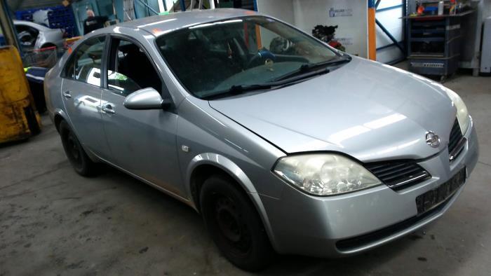 Nissan Primera (P12) 1.8 16V (klik op de afbeelding voor de volgende foto)  (klik op de afbeelding voor de volgende foto)  (klik op de afbeelding voor de volgende foto)