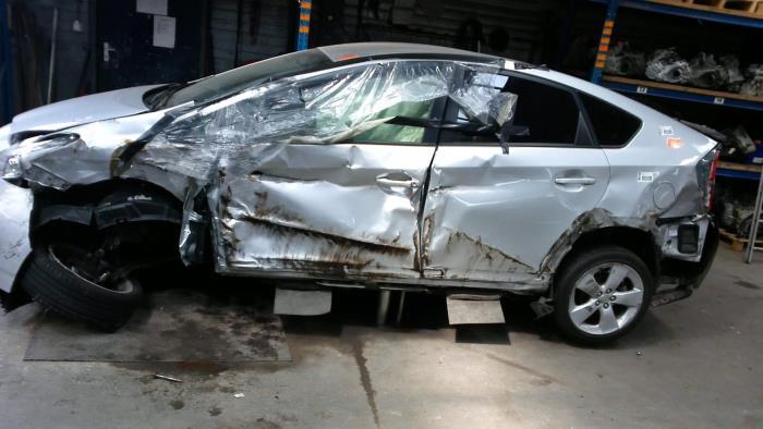 Toyota Prius (ZVW3) 1.8 16V (klik op de afbeelding voor de volgende foto)