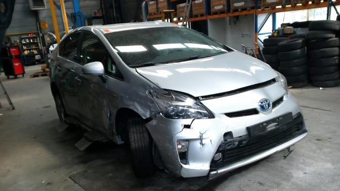 Toyota Prius (ZVW3) 1.8 16V (klik op de afbeelding voor de volgende foto)  (klik op de afbeelding voor de volgende foto)  (klik op de afbeelding voor de volgende foto)  (klik op de afbeelding voor de volgende foto)  (klik op de afbeelding voor de volgende foto)