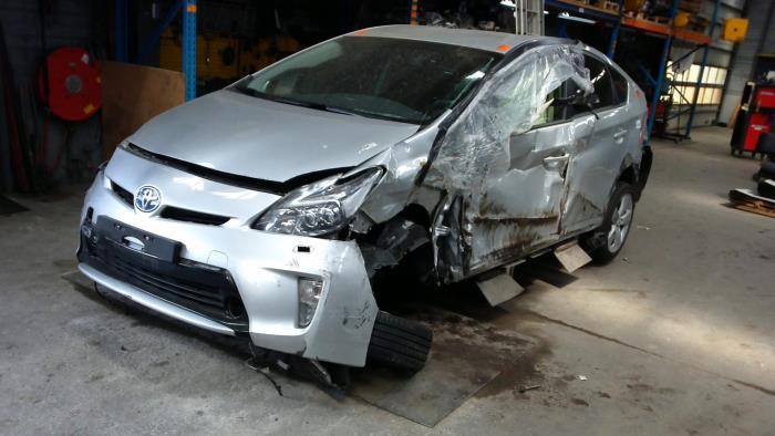 Toyota Prius (ZVW3) 1.8 16V (klik op de afbeelding voor de volgende foto)  (klik op de afbeelding voor de volgende foto)  (klik op de afbeelding voor de volgende foto)  (klik op de afbeelding voor de volgende foto)  (klik op de afbeelding voor de volgende foto)  (klik op de afbeelding voor de volgende foto)