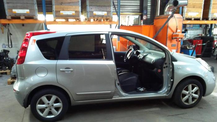 Nissan Note (E11) 1.5 dCi DPF (klik op de afbeelding voor de volgende foto)  (klik op de afbeelding voor de volgende foto)  (klik op de afbeelding voor de volgende foto)  (klik op de afbeelding voor de volgende foto)