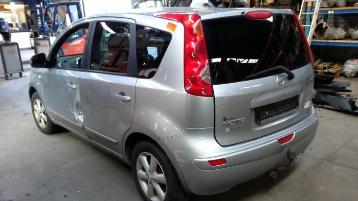 Nissan Note (E11) 1.5 dCi DPF (klik op de afbeelding voor de volgende foto)